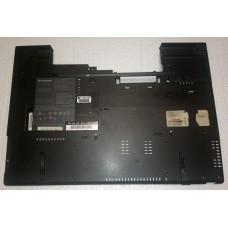 Нижня частина корпуса (поддон) з ноутбука Lenovo ThinkPad T60 41W6432 41W6434 14 N1