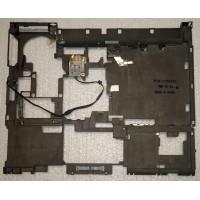 Середня частина корпуса з ноутбука Lenovo ThinkPad T60 41W6350 14 N12