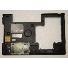 Нижня частина корпуса (піддон) з ноутбука MEDION Akoya P8614 340826400013